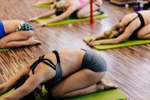 Online Training mit Lena: kostenfreier Schnupperkurs Yoga - Power Vinyasa @ Online Training